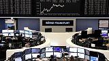 أسهم أوروبا تغلق مرتفعة قليلا بعد تقلبات حادة أثارتها نتائج شركات