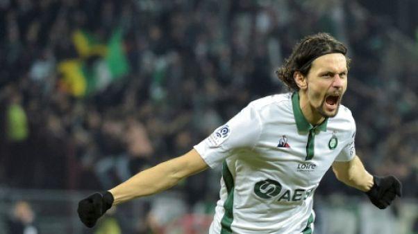 Ligue 1: Saint-Etienne s'accroche à l'Europe mais perd Silva