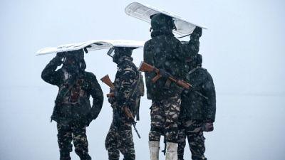 Des paramilitaires à Srinagar, dans le Cachemire indien, le 31 janvier 2019