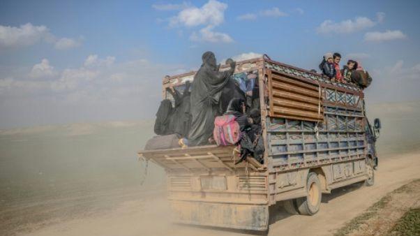 """Des femmes évacuées de l'ultime réduit de l'EI en Syrie vantent le """"califat"""""""