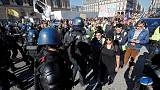 """آلاف ينظمون مسيرات في فرنسا مع استمرار احتجاجات """"السترات الصفراء"""""""