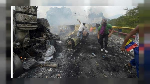 """""""Ils nous tirent dessus"""": blessé en attendant l'aide au Venezuela"""