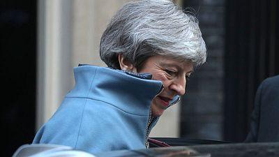 ماي: يجب ألا تحبط مساعي خروج بريطانيا من الاتحاد الأوروبي