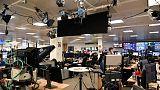 Thomson Reuters reports higher revenues, hunts acquisitions