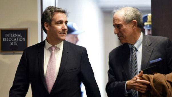 """Michael Cohen, l'ex-avocat de Trump, dit sa """"vérité"""" au Congrès sur son patron"""