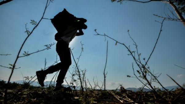 """La menace des """"colectivos"""" chavistes à la frontière de la Colombie et du Venezuela"""