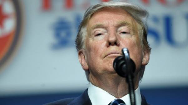 Le président américain Donald Trump s'exprime le 28 février 2019 à Hanoï