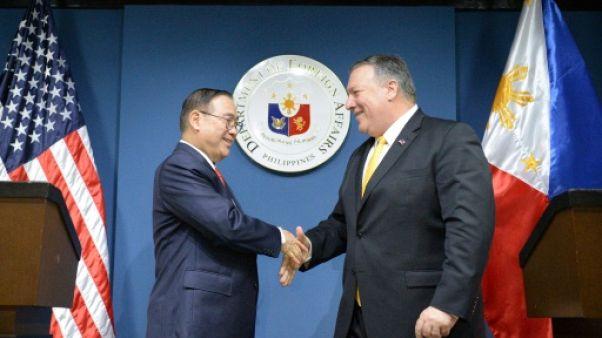 """Washington promet d'aider Manille contre toute """"attaque armée"""" en mer de Chine méridionale"""