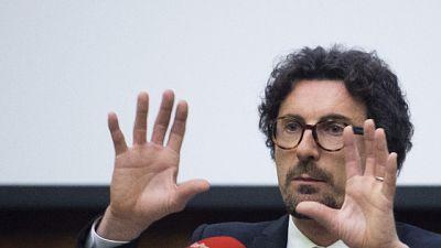 Pd, mozione di sfiducia contro Toninelli