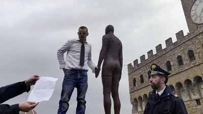 Sale su parapetto Uffizi