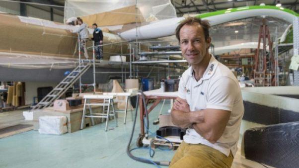 """Thomas Coville dévoile son bateau géant atypique, """"Sodebo Ultim 3"""""""