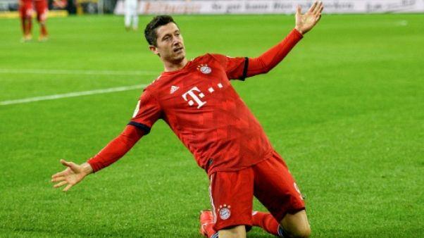 Allemagne: le Bayern impressionne et revient en tête à égalité avec Dortmund