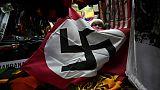 Drapeau nazi à vendre dans un brocante à Bangkok, le 2 mars 2019