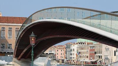 Effusioni hard,denuncia coppia a Venezia