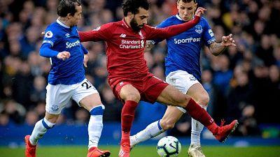Derby Liverpool senza reti, Man City +1