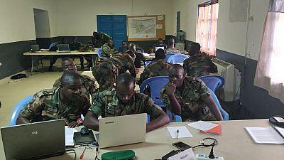Coopération de défense : formation sur le renseignement d'intérêt militaire