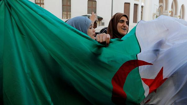 Algerian protesters demand Bouteflika quits, army chief issues warning