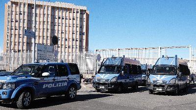 Anarchici Fai-Fri, pm '204 anni carcere'