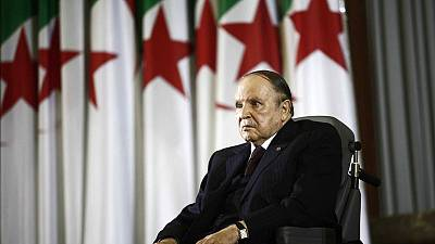 Cracks appear in Algeria's elite as embattled Bouteflika buys time