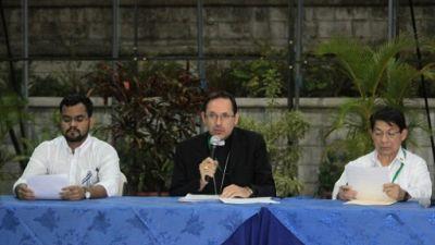 """Dialogue au Nicaragua: accord sur une """"feuille de route"""""""