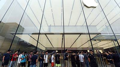 Chinese online retailers slash iPhone prices for second time this year
