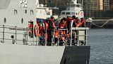 إنقاذ أكثر من 80 مهاجرا قبالة جزيرة إيطالية
