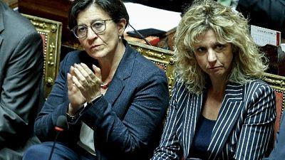 Ministre M5S: scioccante volantino Lega