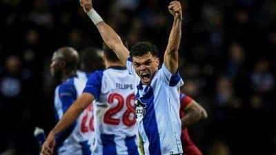 Ligue des champions: Porto fait plier l'AS Rome et file en quarts