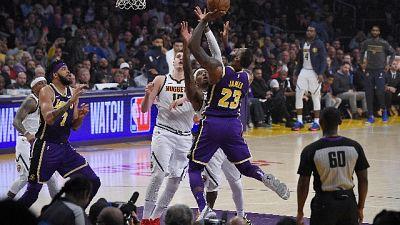 LeBron scavalca Jordan per punti segnati