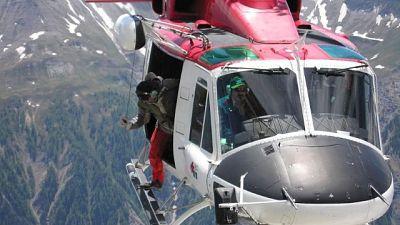 Due alpinisti bloccati su Monte Bianco