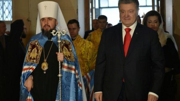 En Ukraine, l'Eglise est un slogan de campagne pour le président Porochenko