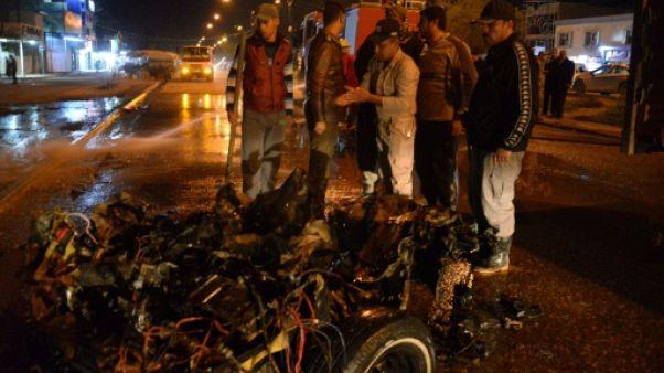 Irak: deux morts dans l'explosion d'une voiture piégée devant un restaurant