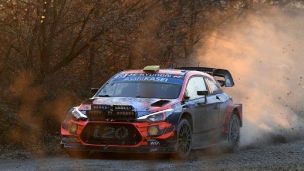 Rallye du Mexique: Mikkelsen devant Ogier  à la mi-journée