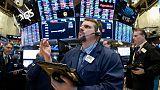 بورصة وول ستريت تغلق منخفضة لخامس جلسة بعد تقرير ضعيف بشأن الوظائف في أمريكا