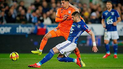 Erratic Lyon drop points in Strasbourg, Marcelo injured
