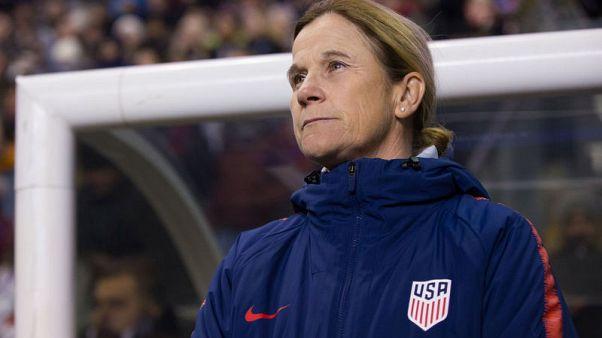 U.S. women's head coach Ellis supports players' lawsuit
