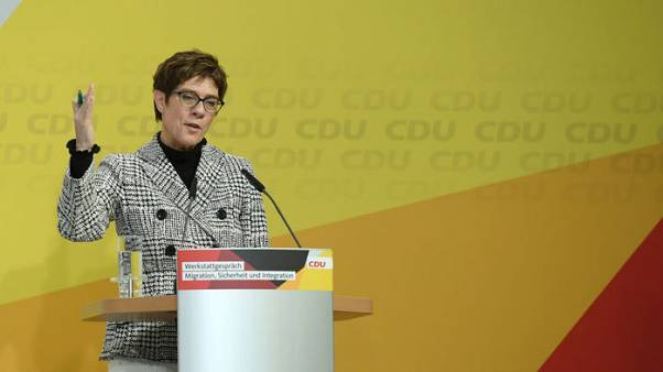 German conservative leader sees 'no rift' with France over EU vision