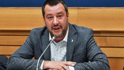 Scritta 'Spara a Salvini' nel Fiorentino