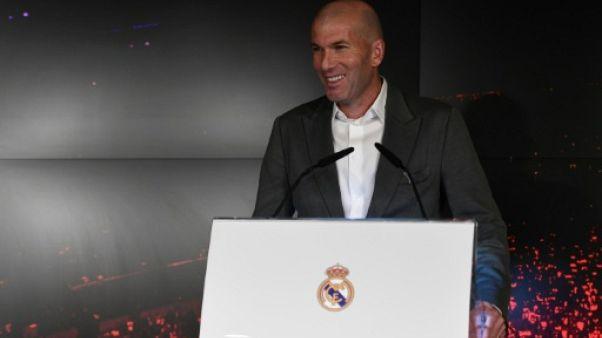 """Zidane: revenir au Real """"est un plus gros défi"""" que son premier mandat"""