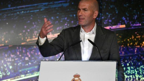 """Real Madrid: Zidane et une reconstruction """"galactique"""""""