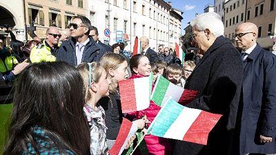 Mattarella: governo-Camere per autonomia