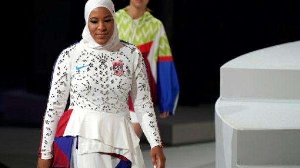 """Hijab de sport: """"Dicter aux femmes ce qu'elles devraient porter est un problème"""" (Ibtihaj Muhammad)"""