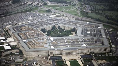 Pentagon sets limits on transgender troops