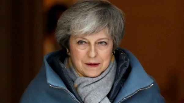 """Brexit: les députés votent sur un """"no deal"""", le pays """"au bord du précipice"""""""