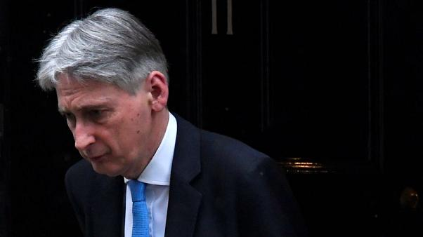 UK cuts growth forecast for 2019 - Hammond