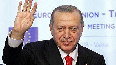 EU parliament calls for freeze on Turkey's membership talks