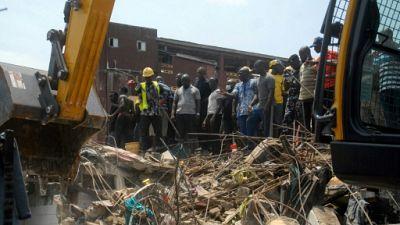 Un immeuble s'effondre à Lagos : au moins huit morts