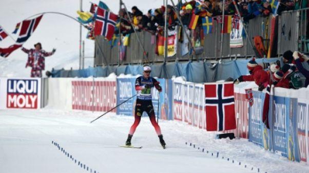 Mondiaux de biathlon: la Norvège de Johannes Boe remporte le relais mixte simple, la France 7e