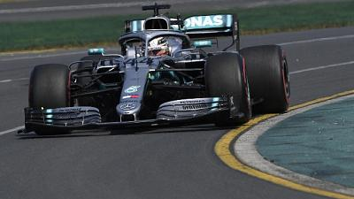 F1:Australia, Hamilton scatta in pole