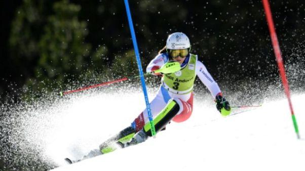 Ski alpin: Holdener domine Shiffrin dans la 1re manche du slalom de Soldeu